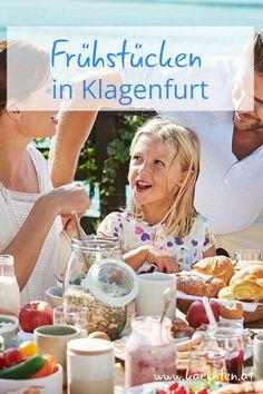 Regionale Produkte, frisch zubereitet, dass macht ein gutes Frühstück in Kärnten aus. Ob ein schnelles Frühstück vor der Arbeit oder lieber ein gemütlicher Sonntagsbrunch, in Klagenfurt gibt es für jeden Frühstückstypen ein passendes Lokal. Ein gemütlicher Brunch mit deinen Liebsten, gibt dir genau die richtige Energie für deine Wochenendaktivitäten. Auch für deinen Urlaub in Kärnten ist ein Besuch in einem unserer Frühstückslokale eine gute Ausflugsidee! Foto © Kärnten Werbung, Edward… Klagenfurt, Lokal, Chocolate Fondue, Restaurants, Breakfast, Desserts, Food, Nice Breakfast, Good Food