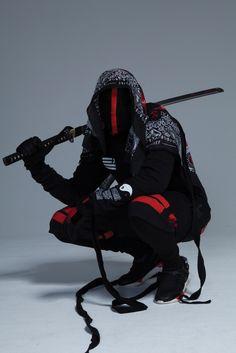 """etherax: """"Shoes by Yohji Yamamoto """" Mode Cyberpunk, Cyberpunk Clothes, Cyberpunk Fashion, Fantasy Character Design, Character Design Inspiration, Character Art, Mode Streetwear, Streetwear Fashion, Samurai Artwork"""