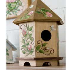 Rose Birdhouse created with Donna Dewberry one stroke roses