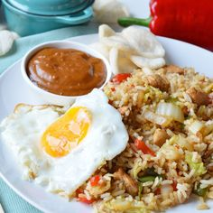 Ellouisa: Nasi goreng zelf maken Healthy Family Dinners, Quick Healthy Meals, Healthy Chicken Recipes, Clean Recipes, Healthy Summer, Nasi Goreng, Dinner Recipes Easy Quick, Recipes Dinner, Summer Recipes