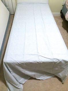 Hometalk :: DIY Bed Skirt- No Sewing or Cutting Required!