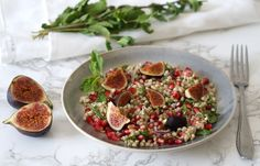 Buckwheat salad with pomegranate and fig