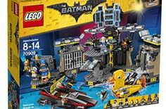 LEGO Batman Movie Batcave Break-in Building Set, Age range: 8 to 14 years 1047 pieces Includes 4 minifigures: Batman, The Penguin, Bruce Wayne and Alfred Batman Batcave, Batman Cape, Lego Film, Batman Film, Lego Batman Movie, Kids Batman, Batman Lego Sets, Power Rangers, Stuffed Animals