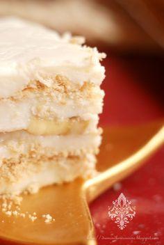 Diamond Cuisine!: Keskul - desert turcesc Vanilla Cake, Cheesecake, Desserts, Food, Kitchens, Tailgate Desserts, Deserts, Cheesecakes, Essen