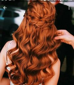 Gorgeous Ginger Copper Hair Colors And Hairstyles You Should Have In Winter; Red Hair Color And Style; Giner And Red Hair Color; Curly Ginger Hair, Ginger Hair Color, Red Hair Color, Hair Colors, Red Color, Short Red Hair, Short Hair Cuts, Thin Hair, Copper Red Hair