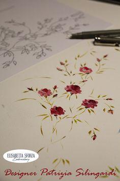Elisabetta ricami a mano: Patrizia & me... Per prima cosa ci ho fatto una tenda Needle And Thread, Hand Embroidery, Cross Stitch, Sewing, Cards, Truck, Flowers, Punto De Cruz, Dressmaking