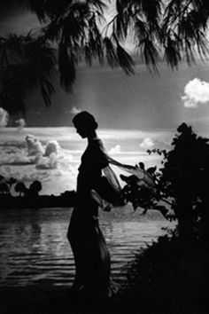 bellabohemia:    Photographer Toni Frissell