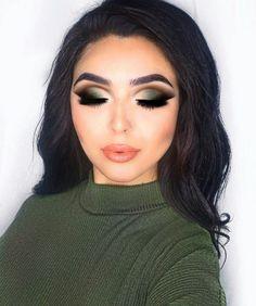 Gorgeous Makeup: Tips and Tricks With Eye Makeup and Eyeshadow – Makeup Design Ideas Hooded Eye Makeup, Eye Makeup Tips, Smokey Eye Makeup, Glam Makeup, Makeup Trends, Makeup Inspo, Eyeshadow Makeup, Makeup Ideas, Green Smokey Eye