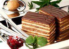 Nagyi házi zserbója: Még a tizenegyedik ujjamat is megnyaltam! Hungarian Recipes, Food Cakes, Tiramisu, Waffles, Cake Recipes, Good Food, Food And Drink, Sweets, Cream