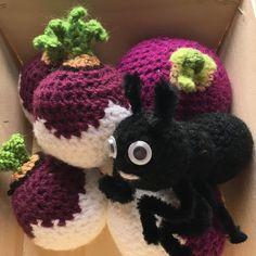Crochet Hats, Crochet Amigurumi, Blog, Sheep, I Want You, Carrots, Plate, Lingerie, Knitting Hats