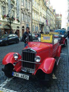 SKODA #SKODA 1932 Vintage Cars, Antique Cars, Mens Toys, S Car, Skoda Fabia, Expensive Cars, Small Cars, Car Show, Old Cars