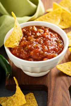 This Super Simple Restaurant Style Salsa will be the BEST salsa you ever make - hands down! Fresh flavors that no one can stop eating!