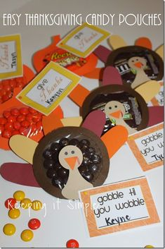 Easy Thanksgiving Treat Idea- Turkey and Pumpkin Candy Pouches. {A Silhouette Project} Perfect for Thanksgiving treat or for a place setting Thanksgiving Favors, Thanksgiving Decorations, Thanksgiving Projects, Fall Crafts For Toddlers, Gifts For Kids, Toddler Crafts, Kid Crafts, Paper Crafts, School Treats