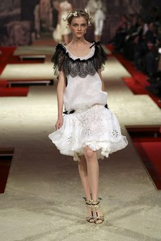 """I've always thought of this dress like the perfect """"Wearable poetry"""". loving everything about this outfit: the dress, the heels!!!! Christian Lacroix Haute Couture Spring-Summer 2006 by Christian Lacroix"""