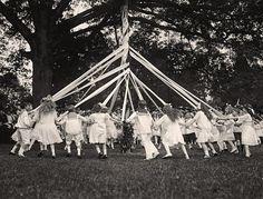 Maypole Dance, 1915