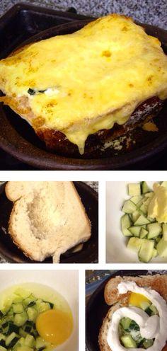 Pan de campo ahuecado.  Zapallo italiano salteado  con mantequilla en microondas.  Sumar huevo, aliños.  Rellenar pan, agregar crema espesa y rodaja de queso.  Hornear.