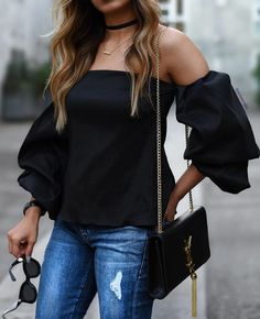 Copy these outfits! These 25 outfits show how to wear ruffled sleeve tops + blouses and look amazingly stylish this Summer! Style Outfits, Casual Outfits, Cute Outfits, Fashion Outfits, Fashion Looks, Love Fashion, Autumn Fashion, Womens Fashion, Celebridades Fashion