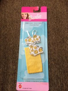 1999 Barbie Dreamy Touches Fashions - Joe Boxer Bra and Panties, Yellow Towel - Barbie Kids, Barbie Dolls Diy, Barbie Fashionista Dolls, Doll Clothes Barbie, Barbie Doll House, Barbie Dream, Barbie Stuff, Diy Doll Miniatures, Barbie Happy Family
