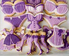 COOKIES - perfect for a bridal shower.