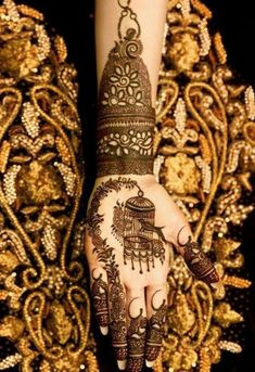 From weddings to engagements, from festivals to parties, here are 101 latest mehendi designs for 2019 for all occasions. Discover some chic new mehndi trends! Kashee's Mehndi Designs, Stylish Mehndi Designs, Mehndi Design Pictures, Wedding Mehndi Designs, Beautiful Henna Designs, Mehndi Images, Engagement Mehndi Designs, Mehndi Desighn, Kashees Mehndi