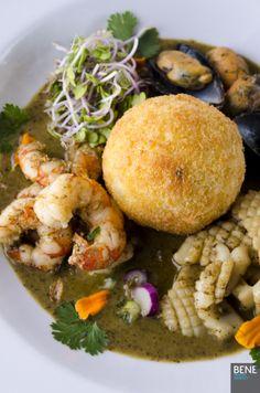 Restaurant: Captain Cook. Cocinera: Marta Ramírez. PH: Tapia / Matsumoto. Agradecimiento especial a Silvina Nellar.