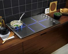 Viking 36 Inch Induction Cooktop with 6 Cooking Zones, Watt Elements, TransMetallic Ceramic Surface, Beveled Edge Design and CoolLit LED Lights Viking Appliances, Best Appliances, Kitchen Appliances, Kitchen Stove, Kitchen And Bath, Kitchen Decor, Kitchen Cooktops, Kitchen Ideas, Kitchen Trends