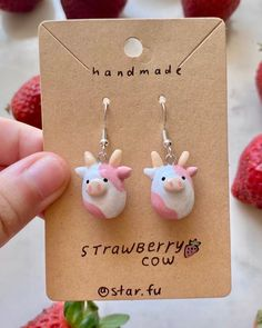 Cute Polymer Clay, Cute Clay, Polymer Clay Charms, Polymer Clay Jewelry, Fimo Clay, Clay Art Projects, Clay Crafts, Diy Clay Earrings, Earrings Handmade