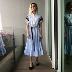 9 Times Brie Larson in Red Valentino doing press for Captain Marvel in Singapore. Brie Larson, Inspirational Celebrities, Latest Outfits, Custom Dresses, Chic Dress, Amazing Women, Nice Dresses, Celebrity Style, Celebrity Outfits