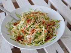i eat vegan: Smoky Tahini, Hemp + Lime Zucchini Pasta #healthyveganfood