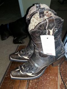 """""""Look what the boot fairy (aka my sweet husband) brought me last night all the way from Las Vegas!!"""""""