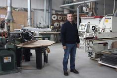 Há uma carpintaria em A-dos-Francos que se destaca no sector por ser capaz de corresponder aos gostos mais pessoais dos seus clientes.