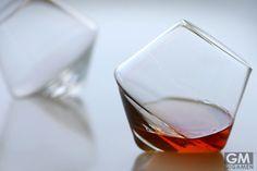 酒を空気に触れさせて美味くするグラス