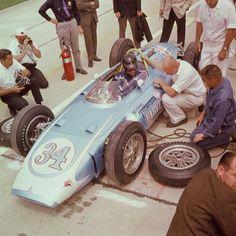 Dan Gurney Indy 1962 Mickey Thompson Built car
