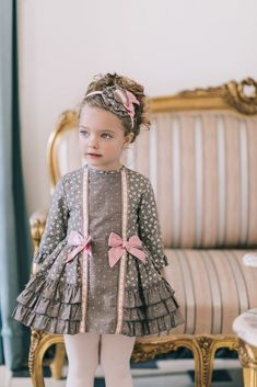 Kids fashion Show Party - - Kids fashion Drawing Children - Baby Girl Dress Design, Girls Frock Design, Kids Frocks Design, Baby Frocks Designs, Girls Dresses Sewing, Stylish Dresses For Girls, Little Girl Dresses, Kids Dress Collection, Baby Girl Frocks