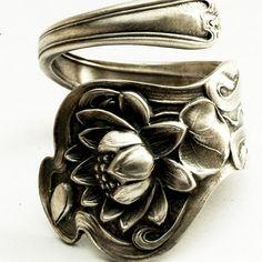 Lotus spoon ring