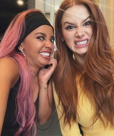 Madelaine and Vanessa Riverdale Cheryl, Riverdale Cw, Riverdale Memes, Riverdale Fashion, Vanessa Morgan, Watch Riverdale, Riverdale Characters, Cole Sprouse, Madelaine Petsch