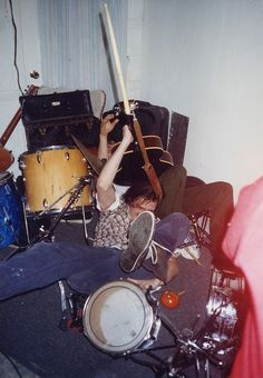 Neutral Milk Hotel's 1997 gig at an Athens Halloween party - aes grunge and ? Music Aesthetic, Retro Aesthetic, Neutral Milk Hotel, Mode Grunge, Halloween House, Halloween Party, Teenage Dream, Coming Of Age, New Wall