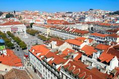Lisboa vista do Elevador de Santa Justa. Destaque para o Rossio. http://fuievouvoltar.com