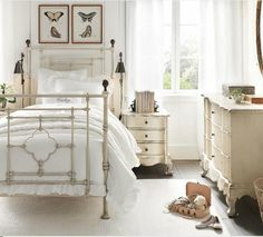 Iron beds can look very stylish in your bedroom. Mixing modern furniture with vintage iron bed will make your bedroom chic and beautiful. Girl Room, Girls Bedroom, Bedroom Decor, Bedroom Ideas, Rod Iron Beds, White Iron Beds, Antique Iron Beds, Restoration Hardware Baby, Brass Bed