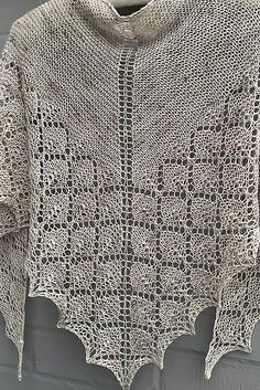 Diamond Ice pattern by Janina Kallio Ravelry: Diamond Ice shawl in Skein Queen Crush – knitting pattern by Woolenberry. Prayer Shawl Patterns, Lace Knitting Patterns, Knitting Stitches, Knitted Poncho, Knitted Shawls, Crochet Shawl, Knit Or Crochet, Diamond Ice, Shawls And Wraps