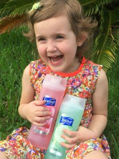 Kristin's whole family loves the new #SuaveBodyWash scents (and she loves the price!)http://bit.ly/SuaveTakeTimeForStyle