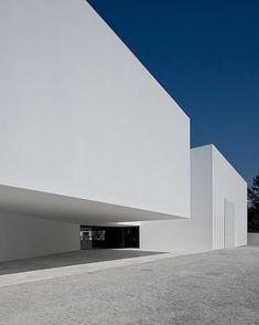 Santo Tirso Call Centre, Portugal by Aires Mateus