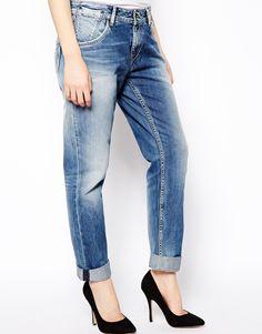 €116, Vaqueros Boyfriend Azules de Pepe Jeans. De Asos. Detalles: https://lookastic.com/women/shop_items/88698/redirect