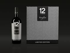 Italy is renowned for great fashion and fantastic wine. To create a unique packaging for the Limited Edition Collection of wine makers Varvaglione, Idem Design took inspiration from the great Italian fashion and literally 'dressed' the bottles to impress. Cool Packaging, Brand Packaging, Product Packaging, Wine Label Design, Bottle Design, Wine Sale, Wine Brands, Creativity And Innovation, Wine And Spirits