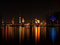 Berlin @ night Berlin Today, City That Never Sleeps, Cool Places To Visit, The Good Place, New York Skyline, Tower, Europe, Night, World