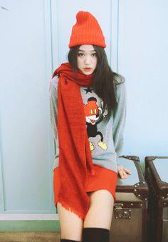 boy, don't hurt your brain Skinny Inspiration, Still Love Her, Losing A Child, Your Brain, Pose Reference, Art Girl, Korean Girl, Asian Beauty, Ulzzang