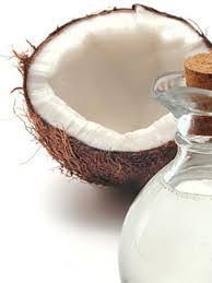 Óleo de coco virgem: O óleo de coco virgem só pode ser produzido a partir da carne do coco fresco, que é chamado não-copra.