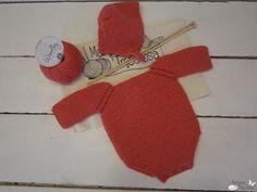 kit de punto: pelele y capota de lana para bebé