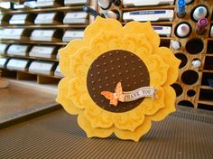 handmade card ... Daydream Medallions & Floral Frames ... huge sunflower ... beautiful ... Stampin' Up!