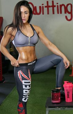 Brittany Coutu unwinds after a long workout in her comfortable, and form-fitting #Shredz Red Camo Leggings!! Anytime you see her working out, she is sure to be rocking the latest #fashion!!